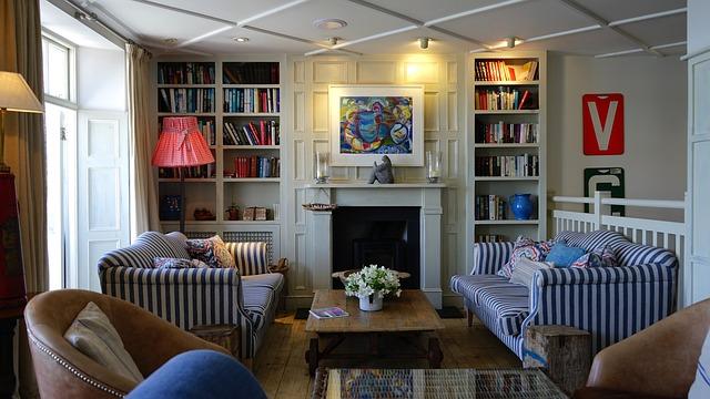 Comment utiliser une chaise longue dans un salon contemporain ?